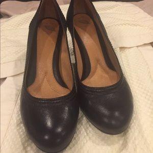 Black Nurture heels
